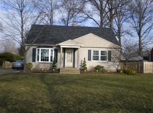 3697 W 230th St , North Olmsted OH