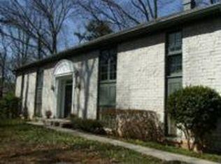 7130 Faunsworth Dr , Atlanta GA