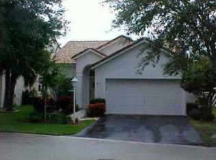 7657 Sanctuary Dr , Coral Springs FL