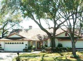 1717 Magdalene Manor Dr , Tampa FL