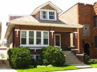 5435 W Hutchinson St , Chicago IL