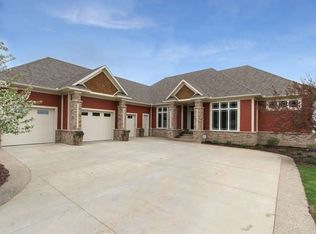 1186 Westhill Dr SW , Rochester MN