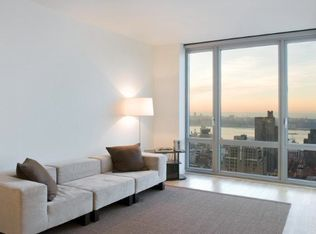 310 W 52nd St Apt 34C, New York NY
