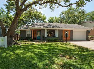 8809 Liptonshire Dr , Dallas TX