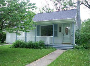 203 Grove St , Otisville MI