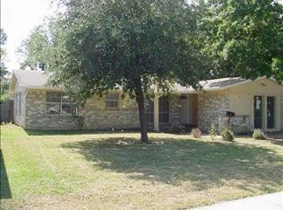 1834 Chevy Chase Dr , Carrollton TX