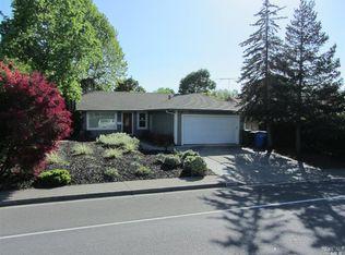 8361 Lancaster Dr , Rohnert Park CA