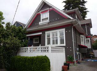 110 10th Ave E , Seattle WA