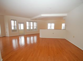 7101 Bay Front Dr APT 319, Annapolis, MD 21403 | Zillow