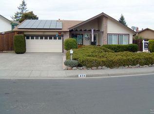 624 Holly Ave , Rohnert Park CA