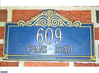 609 Evans Rd , Springfield PA