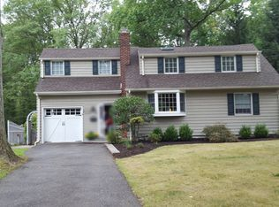 1152 Maple Hill Rd , Scotch Plains NJ
