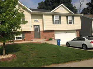 992 Vermont Ave , Collinsville IL