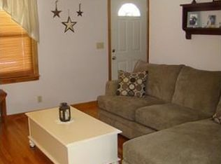 606 Dewey St West Springfield Ma 01089 Zillow Aladdin Commerical Carpet Tile