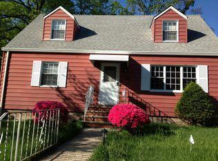 168 Shepard Ave , Teaneck NJ
