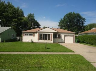 9900 Manorford Dr , Parma Heights OH