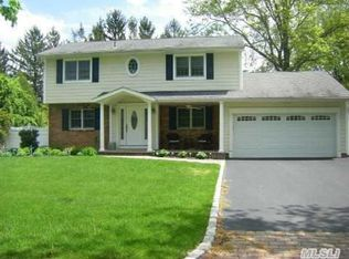 33 Butterfield Dr , Greenlawn NY