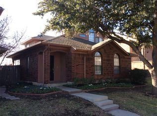 1112 Alameda Dr , Carrollton TX