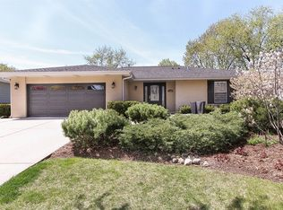 7600 Williams St , Downers Grove IL