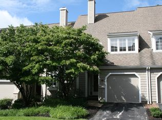 32 Newport Dr , Chesterbrook PA