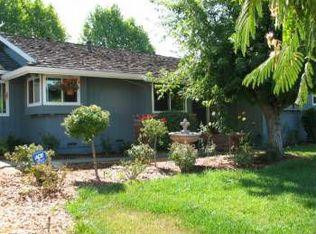 4550 Petrie Ln , Santa Rosa CA