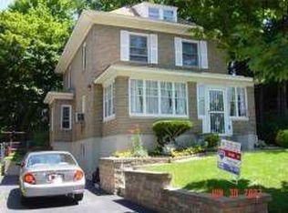 529 Linden Pl , Orange NJ
