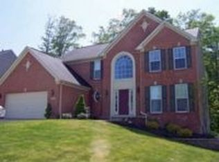 1212 Tinkers Green Dr , Streetsboro OH