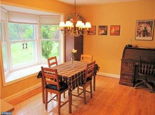 804 Nathan Hale Dr  West Chester  PA 19382   Zillow. Nathan Hale Dining Room Furniture. Home Design Ideas