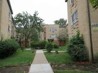 1323 W Sherwin Ave Apt 2b, Chicago IL