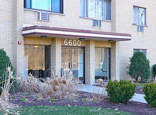6600 S Brainard Ave Apt 302, Countryside IL