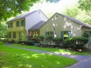 1121 Wolf Hill Rd , Cheshire CT