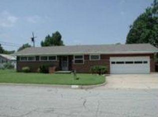 2517 N Clarence Ave , Wichita KS