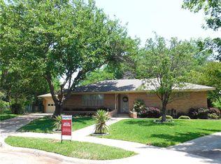 207 Martha Mnr , Richardson TX