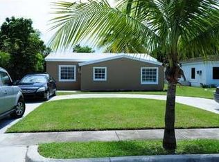 1582 NE 177th St , North Miami Beach FL