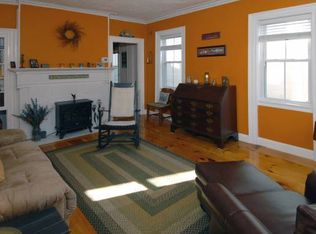 145 Cabot St # 1, Portsmouth, NH 03801 | Zillow