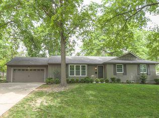 8141 Rosewood Dr , Prairie Village KS