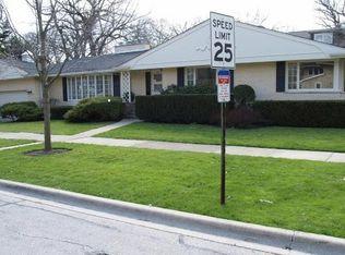 701 Lake Ave , Wilmette IL