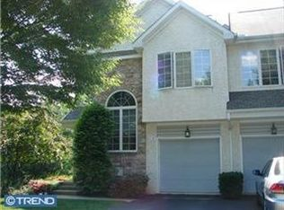 12 Buttonwood Dr , Exton PA