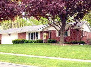 1041 32nd St , West Des Moines IA