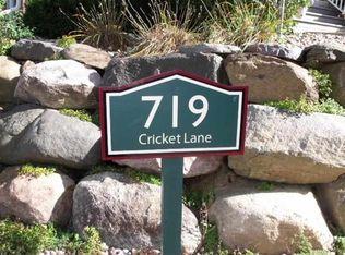 719 Cricket Ln Unit 5, Middleton WI