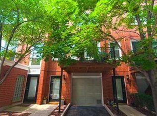 1829 W Oakdale Ave Unit D, Chicago IL