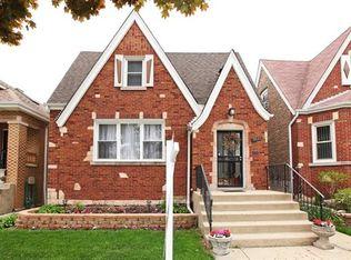 5537 W Melrose St , Chicago IL