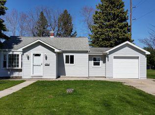 2912 Minnesota St , Marinette WI