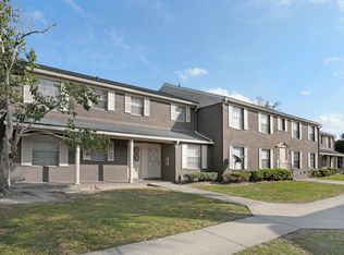 Colonial Forest Apartments