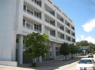 3250 Grand Ave Apt 403, Miami FL
