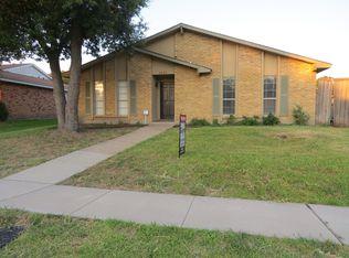 5903 Mimosa Ln , Rowlett TX