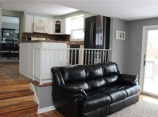 11 patrice ter williamsville ny 14221 zillow rh zillow com