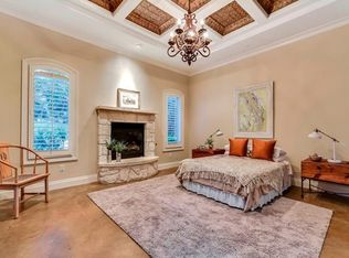 Traditional Kitchen With Flush Amp High Ceiling In Austin