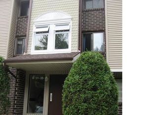 7 Padanaram Rd Unit 32, Danbury CT
