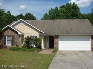 1315 Oak Knolls Dr , Fayetteville NC